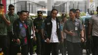 Presiden Joko Widodo didampingi Menpora Imam Nahrawi tiba untuk meninjau sesi latihan atlet Asian Para Games di Arena GBK, Jakarta, Kamis (27/9). Asian Para Games akan digelar di Jakarta pada 6-13 Oktober mendatang. (Merdeka.com/Imam Buhori)