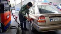 Aturan bahan bakar di Iran. (AFP)