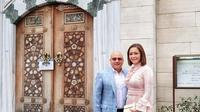 Irwan Mussry dan Maia Estianty di Masjid Camii Tokyo (Dok.Instagram/@irwanmussry/https://www.instagram.com/p/BuXgx01hfoq/Komarudin)