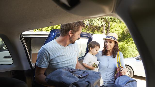 Apa yang Harus Dibawa dalam Perjalanan Keluarga