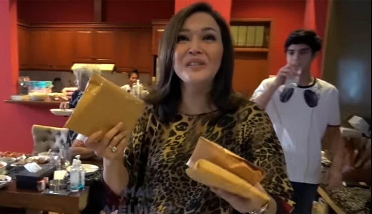 Lebaran kedua Maia Estianty (Youtube/MAIA ALELDUL TV)