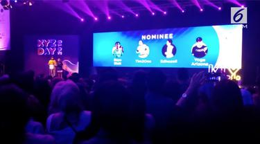 Chandara Liow dan Tommy Limmm dari Tim2One raih XYZ Day 2018 Award kategori komedi.