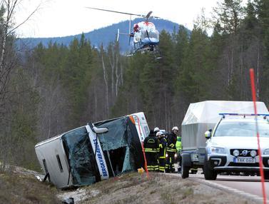Bus-Terguling-di-Swedia