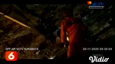 Ditemukan sudah tidak bernyawa seorang penambang batu bernama Suyut di kawasan Perhutani, Tulungagung, Jawa Timur, akibat tertimpa material longsor.