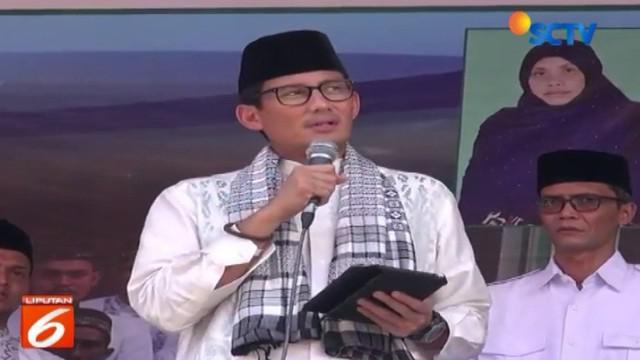 Dari Lhokseumawe, Sandi selanjutnya ziarah ke makam Malikussaleh yaitu kerajaan Islam tertua di Asia Tenggara yang terletak di Kecamatan Samudera Geudong, Aceh Utara.