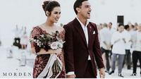 Setelah menggelar pesta pernikahan di Hotel Ayana MidPlaza, Jakarta Pusat, Minggu (3/9/2017), pasangan suami-istri ini kembali menghelat resepsi pernikahan  di Pulau Dewata Bali pada hari Sabtu, 9 September 2017. (Instagram/_yourraisa)