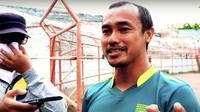 Mantan bek Persebaya Surabaya, Mat Halil. (Bola.com/Aditya Wany)