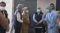 Gubernur Jatim Khofifah Indar Parawansa meninjau vaksinasi di Mojokerto. (Ist)