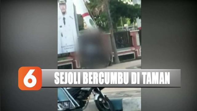 Viral video dua sejoli bercumbu di Taman Jam Agung, Pasuruan, Jawa Timur.