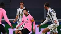 Lionel Messi mencetak satu gol saat Barcelona meraih kemenangan 2-0 atas Juventus pada laga kedua Grup G Liga Champions di Allianz Stadium, Kamis (29/10/2020) dini hari WIB. (AFP/Marco Bertorello)