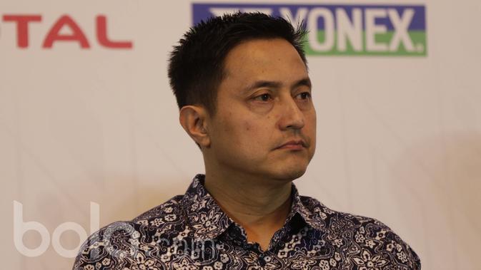 Kabid Humas PBSI, Ricky Subagja, saat menghadiri jumpa pers BCA Indonesia Open 2017 yang didukung oleh Bakti Olahraga Djarum Foundation di Hotel Kempinski, Jakarta, Senin (22/5/2017). (Bola.com/Vitalis Yogi Trisna)