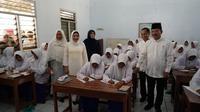 Menteri Kesehatan Terawan Agus Putranto saat melakukan penyuluhan singkat soal kesehatan pada para santriwati di Pondok Modern Darussalam Gontor Putri, Ngawi, Jawa Timur (Biro Pers Kementerian Kesehatan Republik Indonesia)