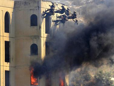 Melihat dari Dekat Simulasi Serangan Senjata Kimia di Lebanon