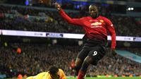 1. Romelu Lukaku - Lukaku masih belum menunjukan konsistensi bermain sejak ditangani Mourinho. Namun Lukaku berpotensi tampil trengginas jika menemukan pola permainan terbaik di skuad Mou. (AFP/Oli Scarff)