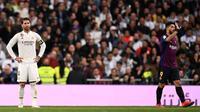 Kapten Real Madrid, Sergio Ramos, mengakui jika Barcelona tampil lebih baik pada laga pekan ke-26 La Liga Spanyol, Sabtu (2/3/2019). (AFP/OSCAR DEL POZO)