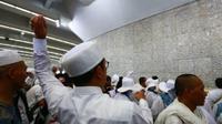 Jemaah haji Indonesia mulai lempar jumrah dan diminta berhati-hati agar tidak tersesat. (www.dream.co.id)