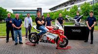 University of Warwick mendapat sokongan dari Norton Motorcycles dalam perancangan motor balap bertenaga listrik. (Bennetts)