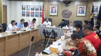 Plt Dirjen Pemasyarakatan Nugroho menggelar rapat bersama jajaran Pimpinan Tinggi Direktorat Jenderal Pemasyarakatan, Kanwil Kemenkumham DKI Jakarta, dan Kantor Wilayah Banten, pada Minggu (15/3/2020).