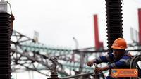 Citizen6, Tangerang: Gardu Induk Lontar ke Gardu Induk Tangerang Baru yang menyalurkan tenaga listrik dari Pembangkit Listrik Tenaga Uap (PLTU) Lontar Banten 3 x 315 MW  dan mampu memasok listrik sekitar 300 MW ke daerah Jakarta. (Pengirim: Agus Trimukti)
