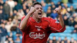 6. Michael Owen (8 Hattrick) - Owen tercatat membuat delapan hattrick saat bermain di Liga inggris ketika bermain untuk Liverpool & Newcastle United. (AFP/Paul Barker)