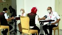 Perwakilan pengusaha yang diwakili oleh Ketua Umum Kamar Dagang dan Indutri (Kadin) Indonesia Rosan Roeslani akan turut disuntik vaksin Covid-19 pertama pada 13 Januari 2020.