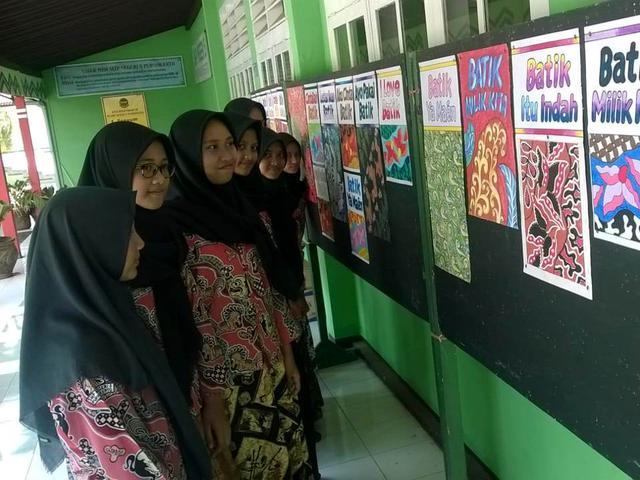 Bedah Makna Motif Batik Siswa Smp Negeri 5 Purwokerto Regional