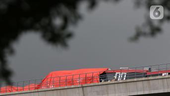 FOTO: Kondisi Kereta LRT yang Tabrakan di Jakarta Timur