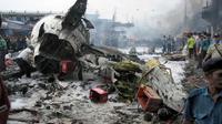 Kecelakaan pesawat Mandala Airlines Penerbangan RI 091 diduga karena durian terjadi di Medan pada tahun 2005. (Foto: AFP)