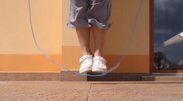 Skipping atau lompat tali