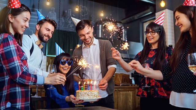 20 Kata Kata Happy Birthday Buat Sahabat Penuh Harap Yang