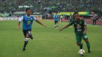 Barito Putera tiga poin pertama di Gojek Liga 1 bersama Bukalapak setelah mengalahkan Persebaya Surabaya 2-1 di Stadion Gelora Bung Tomo, Surabaya, Minggu (8/4/2018). (Bola.com/Aditya Wany)