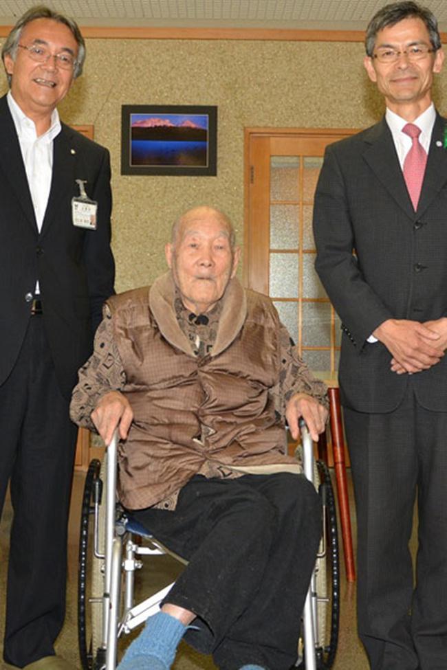 Masazo tercatat sebagai pria tertua di dunia/copyright guinnessworldrecords.com