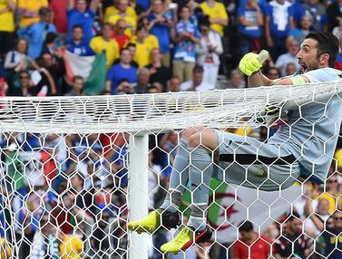 Foto Piala Eropa: Kokoh di Bawah Mistar Gawang, 8 kiper dengan Cleansheet Terbanyak di Final Gelaran Euro, Termasuk Buffon dan Neuer