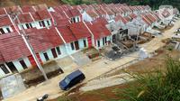 Perumahan  bersubsidi di Bukit Rancayamaya Residences, Caringin, Bogor, Minggu (14/02/2021). PT BTN Tbk mengalami lonjakan penyaluran KPR subsidi pada kuartal  III dan kuartal IV tahun 2020 setelah sempat mengalami penurunan pada kuartal kedua. (merdeka.com/Arie Basuki)