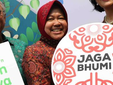 Wali Kota Surabaya Tri Rismaharini dalam acara peluncuran gerakan Jaga Bhumi periode ke-2 di Jakarta, Rabu (21/11). Jaga Bhumi memiliki misi menyelamatkan plasma nutfah Indonesia. (Liputan6.com/Immanuel Antonius)