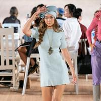Simak cerita Gigi Hadid yang kehilangan sepatu di New York Fashion Week (Foto: instagram/_.gigi_hadid_)