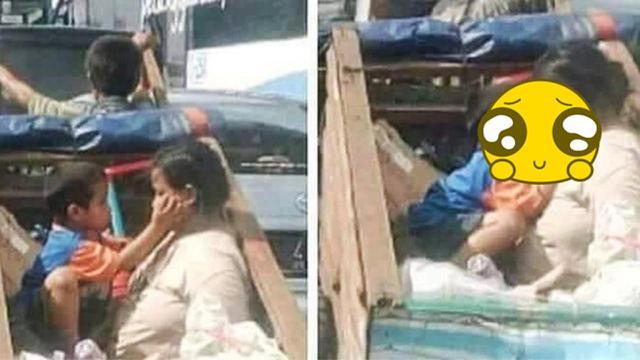 [Bintang] Jadi Viral! Foto Ibu dan Anak di Gerobak Ini Bikin Netizen Menangis Haru