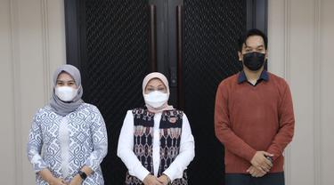 Menaker Ida Fauziyah saat menerima audiensi Ketua Umum PB PMII, Muhammad Abdullah Syukri dan Ketua PB KOPRI, Maya Muizatil Lutfillah, di Kantor Kemnaker Jakarta