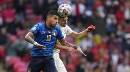 Pertandingan yang berlangsung di Stadion Wembley ini berjalan ketat. Kedua tim tampak saling jual beli serangan sejak awal laga. Namun hingga waktu normal berakhir Italia dan Spanyol bermain sama kuat 1-1. (Foto:AP/Pool,Frank Augstein)
