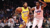 Lakers menyudahi masa pramusim dengan menundukkan tim sekota, Clippers, 111-104 di Staples Center, Sabtu (14/10/2017) pagi WIB. (Twitter/LA Lakers)