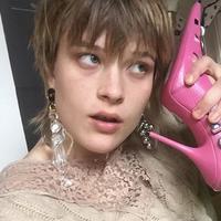 Terinspirasi dari Crocs, Balenciaga rancang sepatu Barbie sungguhan (instagram/balenciaga)
