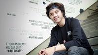 Selain sibuk akting dan nyanyi, Bisma Karisma kini memiliki kesibukan lain. Ia menjadi pengajar dance cucu mantan orang nomor satu Indonesia, Susilo Bambang Yudhoyono (SBY), Almira Tunggadewi Yudhoyono. (Galih W. Satria/Bintang.com)