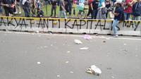 Aksi vandalisme terjadi saat massa buruh berada di kawasan Patung Kuda, Jakarta Pusat. (Merdeka/Ronald)