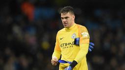 2. Ederson (Manchester City) - 39 pertandingan, 20 clean sheet (AFP/Oli Scarff)