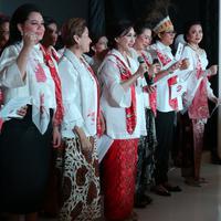 Perempuan Tangguh Pilih Jokowi mendeklarasikan untuk capres-cawapres nomor urut 1. (Fotografer: Daniel Kampua/FIMELA.com)