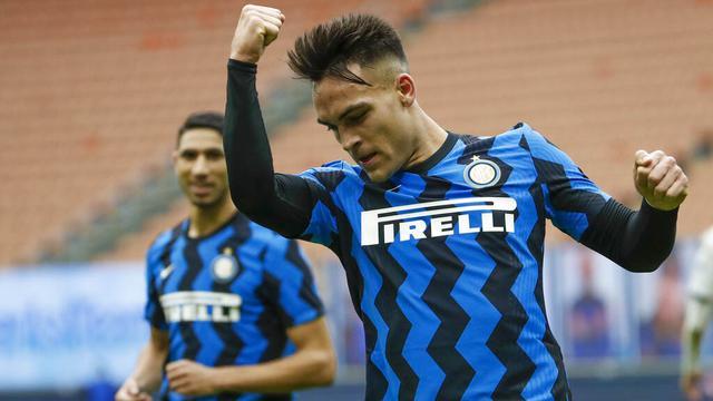 FOTO: Lautaro Martinez Borong 3 Gol, Inter Milan Gilas Crotone