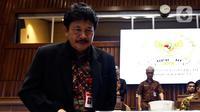 Kepala Badan Pembinaan Ideologi Pancasila (BPIP) Yudian Wahyudi bersiap mengikuti Rapat dengar Pendapat dengan Komisi II DPR di Kompleks Parlemen, Senayan, Jakarta, Selasa (18/2/2020). Agenda rapat salah satunya membahas rencana pemulangan anak-anak ISIS eks WNI. (Liputan6.com/Johan Tallo)