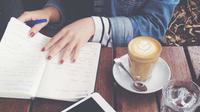 Nggak perlu kopi, sederet hal ini bisa bikin kamu tetap fokus! (Sumber Foto: PureWow)
