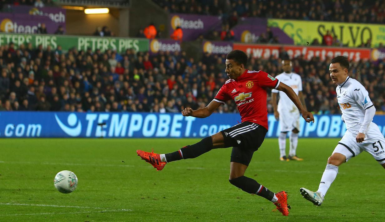 PHOTO Manchester United Libas Swansea City 2 0 Bola