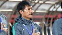 Pelatih Timnas Indonesia U-19, Indra Sjafri. (Bola.com/Aditya Wany)
